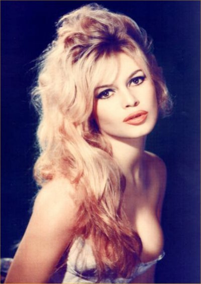 Brigitte Bardot demonstrates the power of sexy dishevelled tresses, ...
