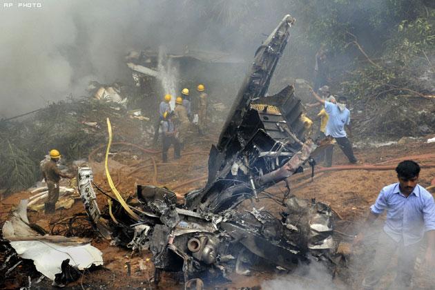 Air India Crash Mangalore India 2010