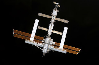 0806 SPACE SHUTTLE 02(3032x1986)