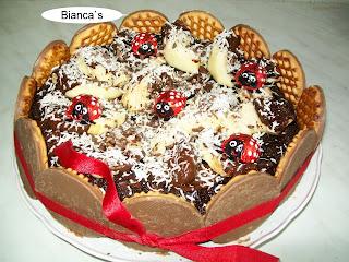 Articole culinare : Tort cu ciocolata si mere