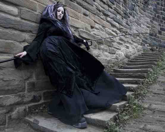 [goth girl on abbey steps.jpg]