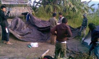 tenda untuk tempat beristirahat