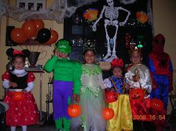 Nuestros niños en  la fiesta de Hallowen