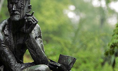 Statue of James Joyce at Fluntern cemetery, Zurich. Photograph: Sebastian Derungs/Reuters