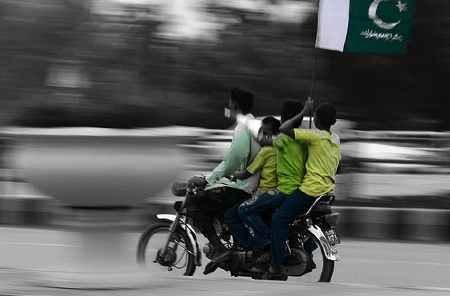 Home of the Snapping Turtle: Pillion Riding: Double Sawari ...