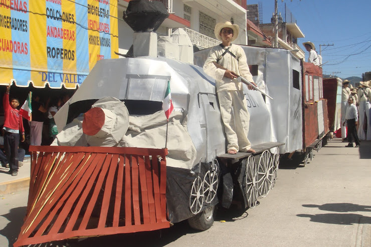 Tren revolucionario de la Prepa Vasconcelos