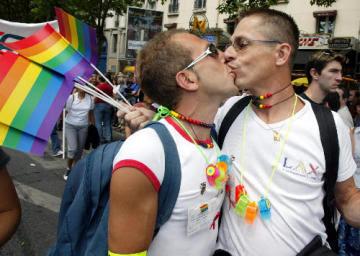 gays pic: