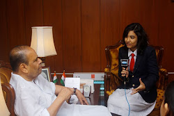 YJ Swati makes a point to the Governor of Maharashtra