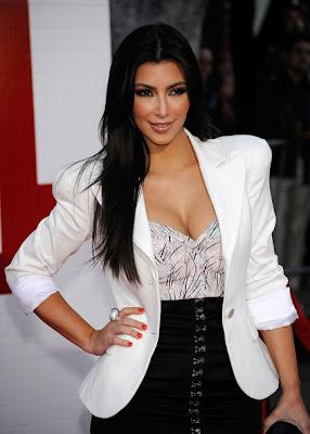 Kim Kardashian white blazer FashionablyFly.blogspot.com