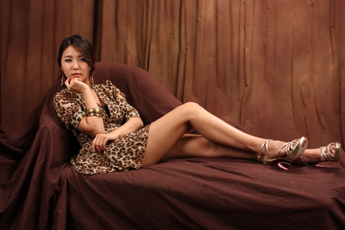 Bang Eun Young in Leopard Dress