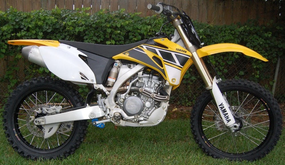 Yamalink blog that no one reads 2006 yamaha yz250f for Yamaha dirt bike plastics