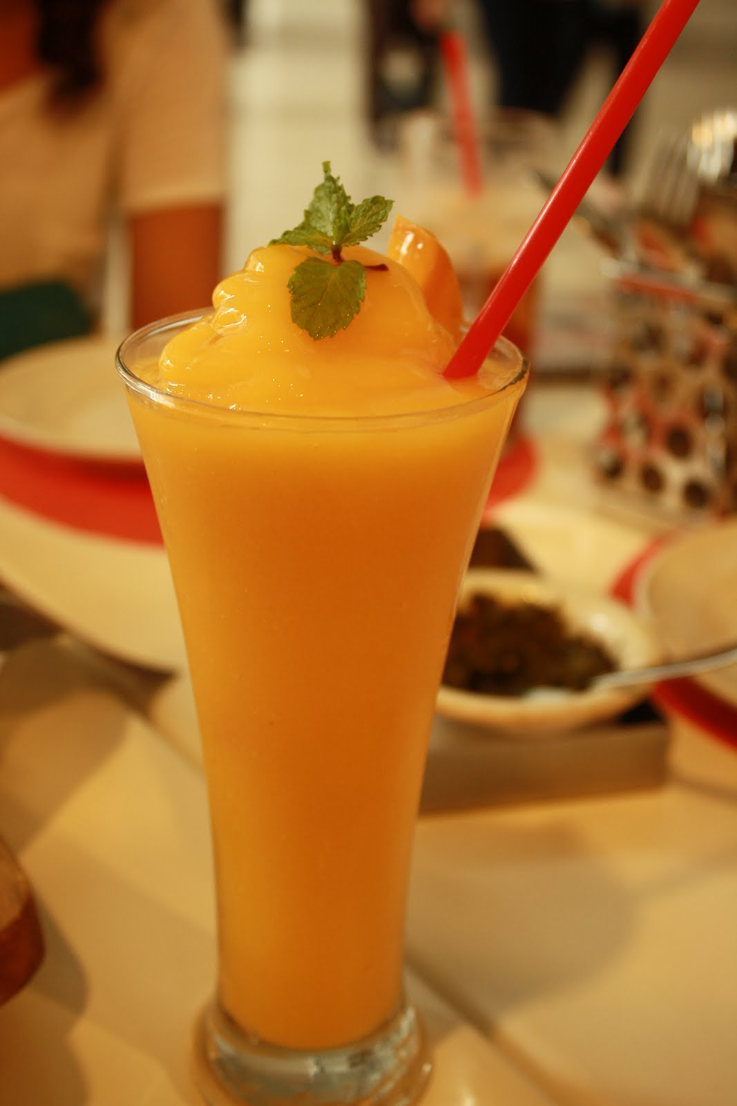 Mango maniax - hit the floor