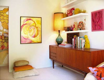 Above) Jon's 60's Retro Bedroom ( Via Apartment Therapy ) I Am So