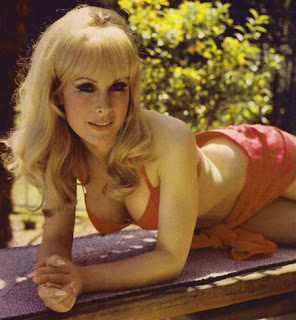 Barbara Eden Jeannie
