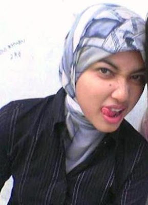 malaysian girl look