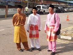 YB Hj Abd Aziz Sapian, Khairi Malek dan Zul Majid