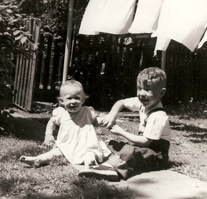 Betty & Johnny in 1950 on Wash Day
