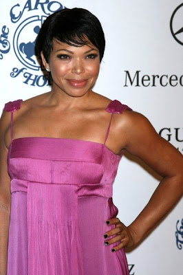 Tisha Campbell Looks Marvelous In This Fuchsia Breezy Dress!