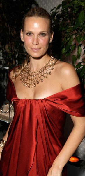 Molly Sims looks marvelous in her crimson draped silk off-the-shoulders ...