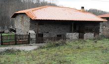Casa perto da aldeia (Espinhosela)
