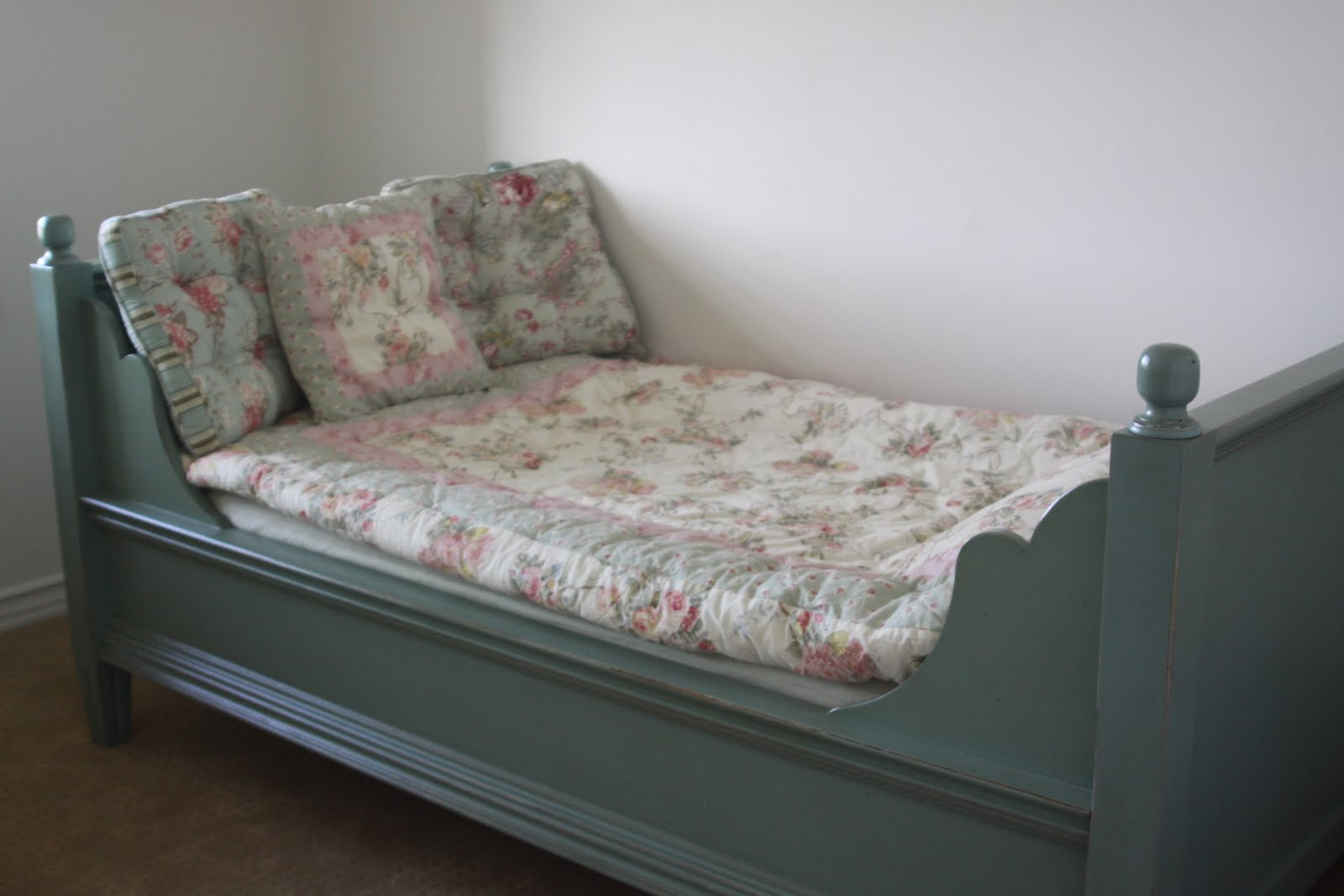 my ordinary life shabby chic. Black Bedroom Furniture Sets. Home Design Ideas