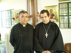 S.E Rev Monseñor Teofanos y frater Stephanos