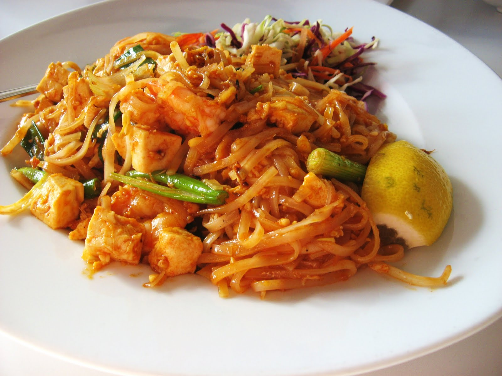 Pad thai recipes dishmaps - Thailand cuisine recipes ...