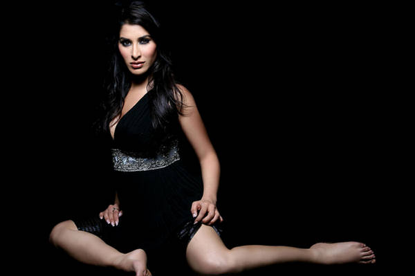 Sophie Choudry in FHM Magazine Photoshoot - UnWatermarked