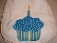 Cup Cake Bib $12