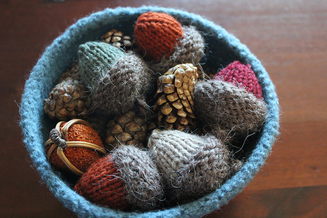 Knitted Ornament Patterns : Knitting With Karma: Free Acorn Ornament Pattern