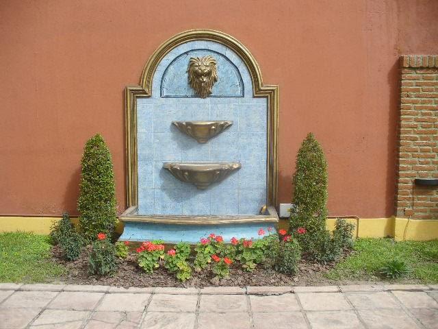 Arte romano fuente de agua de pared con cabeza de leon - Fuente de pared para jardin ...