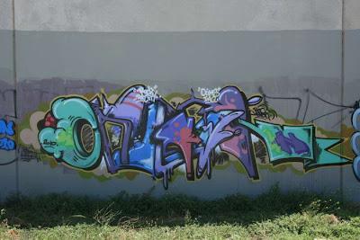 38 Graffiti Unik Keren dan Kreatif