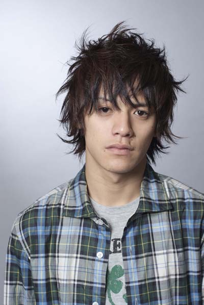 Short Messy Hairstyle Trends 2009. Japanese hairstyles For Asian guys.