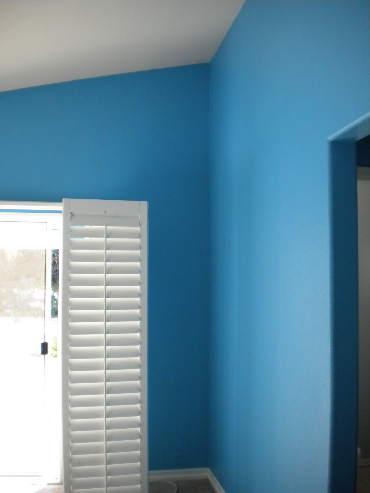 Bright Blue Master Bedroom on the makings of house and home: the bright blue room