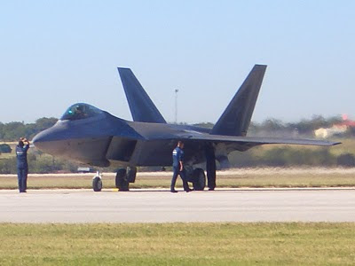 F-22 Raptor - Stop with Engines Running