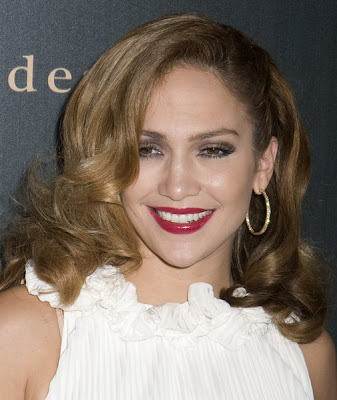 jennifer lopez hairstyles 2005. Jennifer Lopez Latest Hairstyle - October 2008