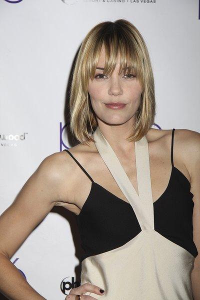 Leslie Bibb Fringe Hairstyle. Jenny McCarthy Blond Bob Hairstyle