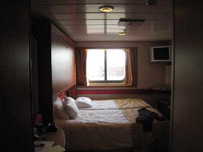 carnival cruise ships with single cabins