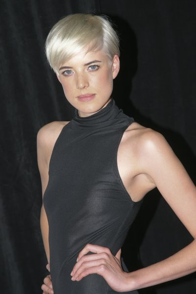 easy trendy hairstyles. a trendy short hairstyle