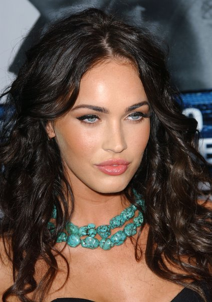 megan fox hair extensions. hot megan fox makeup free.
