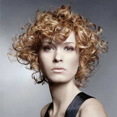 short haircuts for girls with curly hair. Styling short haircuts in 2009