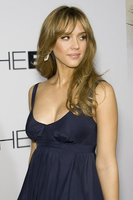 Jessica Alba Romance Hairstyles Pictures, Long Hairstyle 2013, Hairstyle 2013, New Long Hairstyle 2013, Celebrity Long Romance Hairstyles 2054