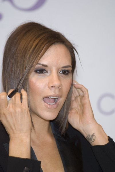 Celebrity Short Hairstyles 2009 - Victoria Beckham Bob+Hairstyle