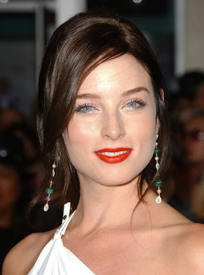 Lovely Hair And Fashion Makeup Style Of Rachel Nichols Rachel Nichols