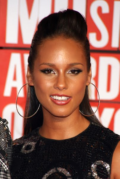 Alicia Keys Hairstyles 2009, 2010. Alicia Keys is one of the most talented