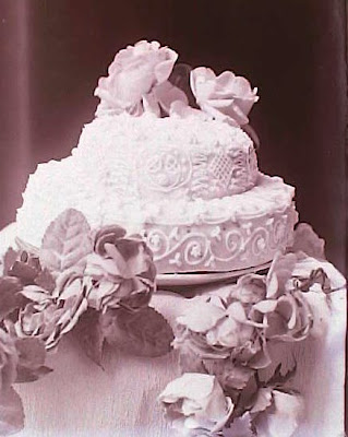 Cake Art History : Black History Month: Wedding Cakes From Yesteryear New ...