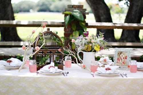 Vintage Garden Wedding Decorations