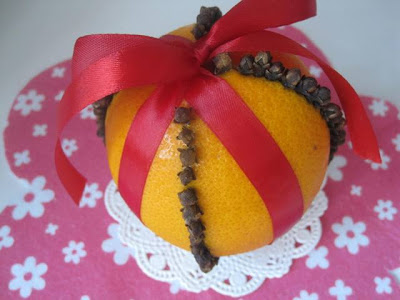 orange and cloves pomander balls