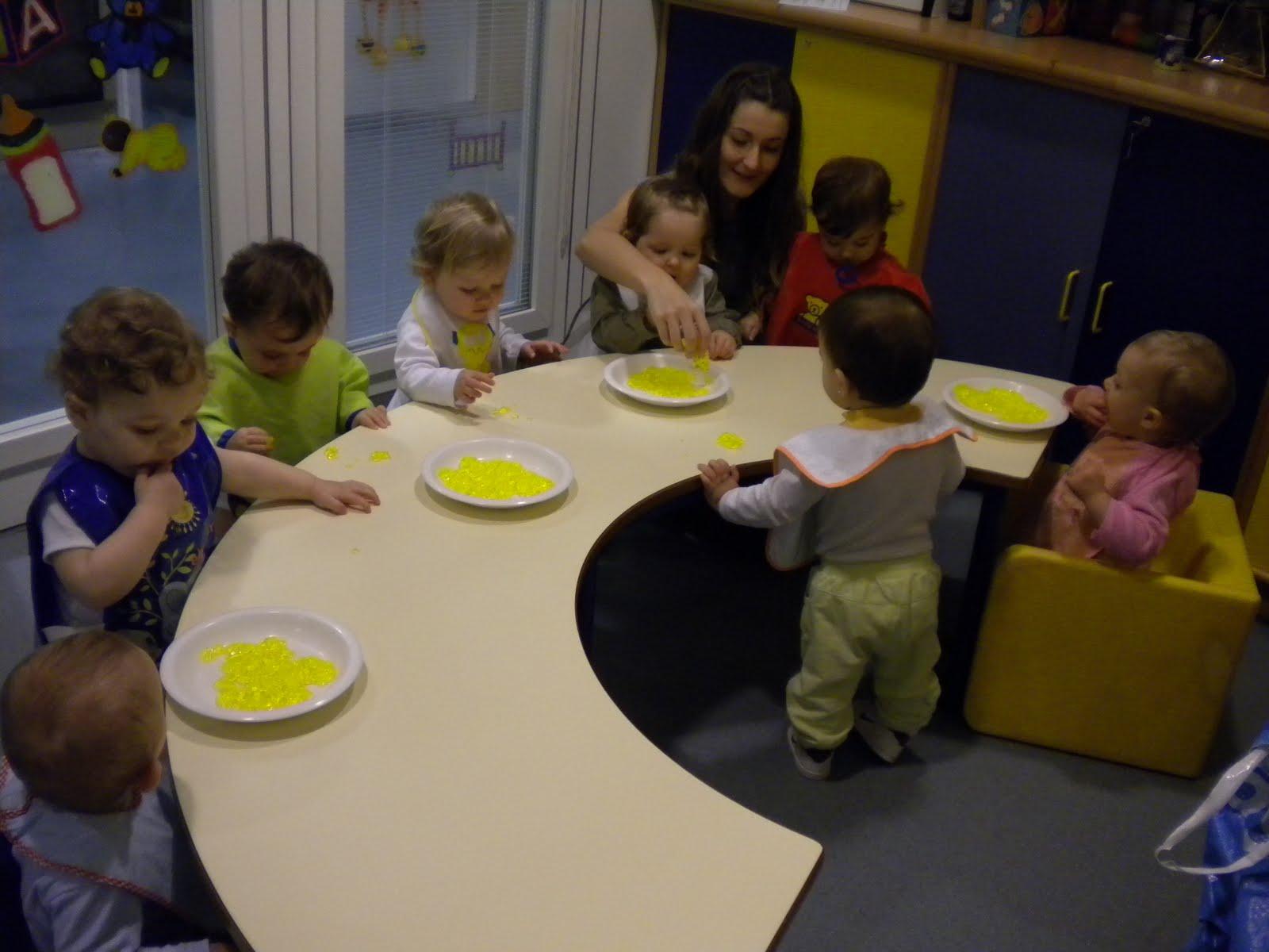 escuela infantil soletes 0 1 a os actividad con gelatina