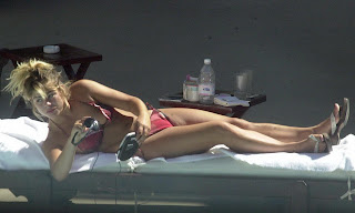 Billie Piper hot young bikini ass crack candids